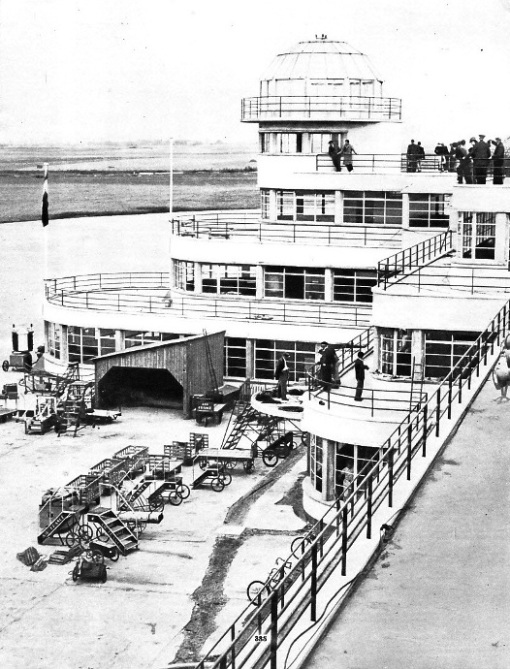 CONTROL TOWER AT LE BOURGET AIRPORT