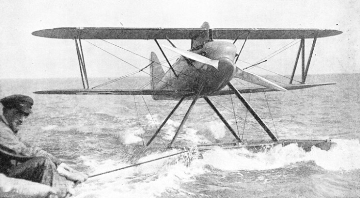 THE AMERICAN SEAPLANE which won the Schneider Trophy race in 1923