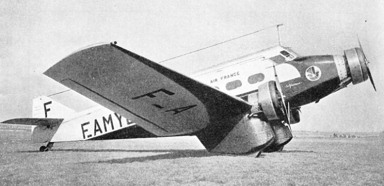 A low-wing Wibault 282 monoplane, named Le Glorieux