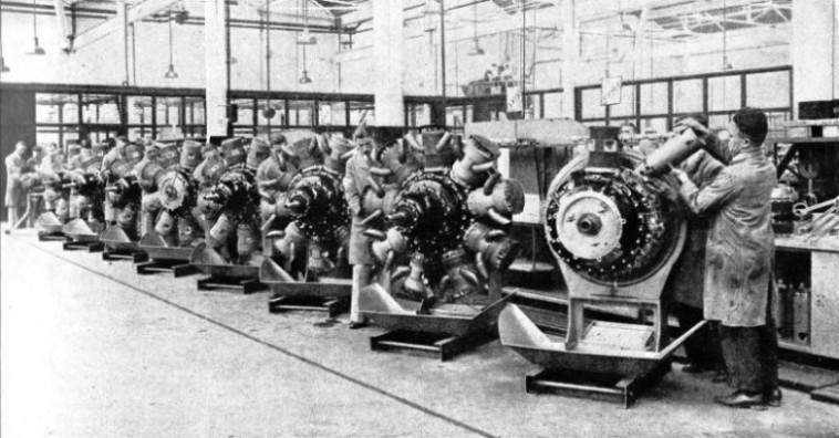 SLEEVE-VALVE RADIAL ENGINES in production